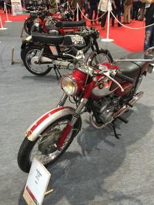 Motos)